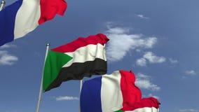Bandiere d'ondeggiamento del Sudan e della Francia sul fondo del cielo, animazione loopable 3D archivi video