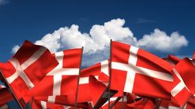 Bandiere danesi d'ondeggiamento illustrazione di stock