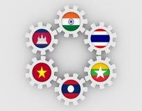 Bandiere dei membri di cooperazione del Mekong Ganga sugli ingranaggi Fotografie Stock Libere da Diritti