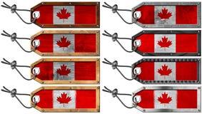 Bandiere del Canada impostate delle etichette del metallo e di legno Immagine Stock Libera da Diritti