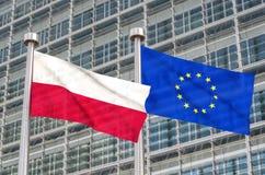 Bandiere dell'europeo e della Polonia Fotografia Stock
