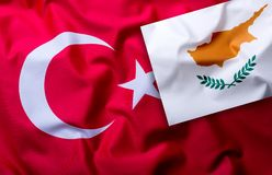Bandiere della Turchia e del Cipro immagine stock libera da diritti