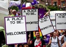 Bandiere di parata di orgoglio di Toronto Immagine Stock