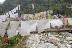 Bandiere di preghiera, Legship, Sikkim ad ovest, India Immagine Stock