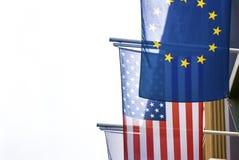 Bandiere di U.S.A. e di Europa insieme Fotografia Stock