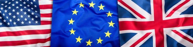 Bandiere di U.S.A. Regno Unito e di UE Un collage di tre bandiere Bandiere dell'UE Regno Unito e U.S.A. insieme Fotografia Stock Libera da Diritti