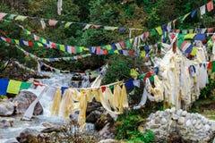 Bandiere nepalesi variopinte Fotografie Stock