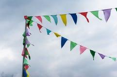 Bandiere variopinte dello stendardo della corda Immagine Stock