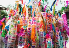 Bandiere variopinte Tailandia del Nord di stile di Tung Lanna immagini stock libere da diritti