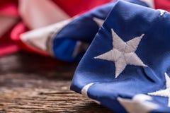 Bandierina degli S Bandiera americana Bandiera americana su vecchio fondo di legno Fotografia Stock