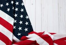 Bandierina degli S Bandiera americana su fondo di legno Fotografie Stock Libere da Diritti