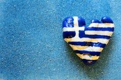 Bandierina greca sotto forma di un cuore Fotografia Stock Libera da Diritti