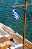 Bandierina greca su una nave Fotografia Stock
