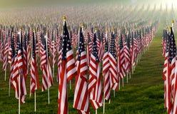 Bandierine nei campi curativi per 9/11 Fotografia Stock Libera da Diritti
