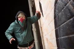Bandit effrayé avec la peinture de jet Images libres de droits