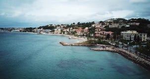 Bandol, Frankrijk, Satellietbeeld van Sanary Sur Mer en Baie DE Bandol - Franse Riviera stock video