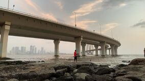 Bandra Worli Sea Link, Mumbai - Video