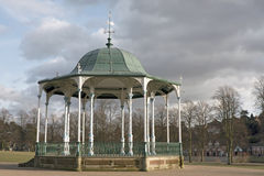 Bandstand in una sosta pubblica Fotografia Stock