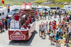 Banette-Fahrzeug in den Alpen - Tour de France 2015 Lizenzfreie Stockfotografie