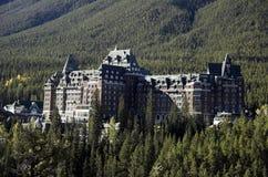 banff旅馆春天 免版税库存照片