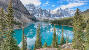 banff湖冰碛国家公园 免版税图库摄影