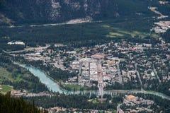 BANFF, ALBERTA/CANADA - 7-ОЕ АВГУСТА: Центр Banff в Канаде на августе Стоковые Фотографии RF