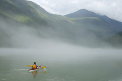 banff som kayaking Royaltyfria Bilder
