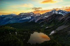 Banff zet Assiniboine Canada op Royalty-vrije Stock Afbeelding