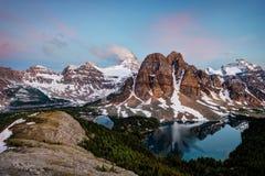 Banff zet Assiniboine Canada op Stock Afbeelding