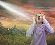 Bang van wat in de hemel is stock foto