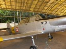 Bangalore Karnataka, Indien - Januari 1, 2009 flygplan för Hindustan instruktör HT-2 på HAL Aerospace Museum arkivbild