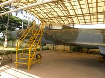 Bangalore Karnataka, Indien - Januari 1, 2009 gammalt Marut HF-24 kämpeflygplan på HAL Aerospace Museum royaltyfria bilder