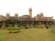 Bangalore, Karnataka, la India - 23 de noviembre de 2018 opinión del paisaje del palacio de Bangalore imagenes de archivo
