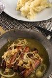 Banger en stampt een zeer typische Ierse maaltijd fijn stock foto