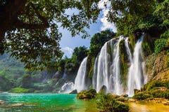 Bangioc瀑布在Caobang,越南- 库存照片