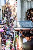 Bangkok april songkranfestival på den siam vägen bangkok royaltyfri foto