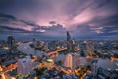 Bangkok - Augusti 27: sikt från det statliga thgolvet för torn 49 i t Royaltyfria Bilder
