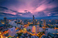 Bangkok - Augustus 27: mening van de de toren negenenveertigste verdieping van de staat in t Stock Fotografie