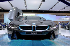 Bangkok - 2 avril : Voiture d'innovation de la série I8 de BMW Photos stock