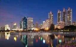 Bangkok bij schemering Stock Afbeeldingen