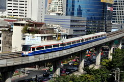 bangkok bts skytrain thailand Arkivfoton
