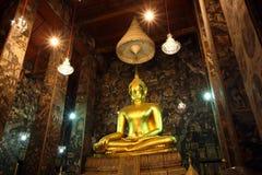 bangkok buddha guld- staty thailand Arkivfoto