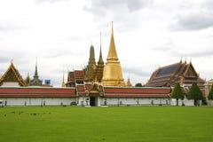 bangkok buddha smaragdtempel Royaltyfri Bild