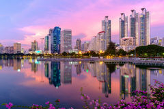Bangkok city downtown at dusk with reflection of skyline Royalty Free Stock Photos