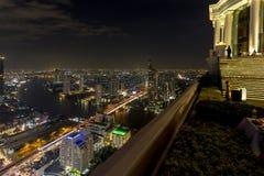 Bangkok cityscape från himmelstången Lebua arkivfoton