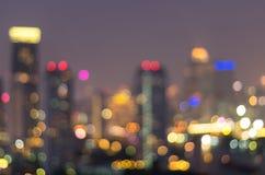 Bangkok cityscape på skymningtid, suddig fotobokeh Arkivfoto