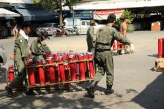 BANGKOK - 5 DÉCEMBRE : Démonstration rouge de protestation de chemises - Thaïlande Photo stock