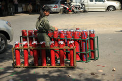 BANGKOK - 5 DÉCEMBRE : Démonstration rouge de protestation de chemises - Thaïlande Photos libres de droits