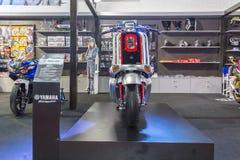 BANGKOK - 5 DE JULIO: Demostración modificada de la motocicleta en Bangkok Internati Imagenes de archivo