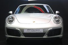 Bangkok - 31 de marzo: Carrera de Porsche 911 en el coche blanco en el 37.o salón del automóvil internacional 2016 de Bangkok Tai Imágenes de archivo libres de regalías